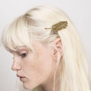 Accessories - Antique Brass Metal Natural Feather Barrette